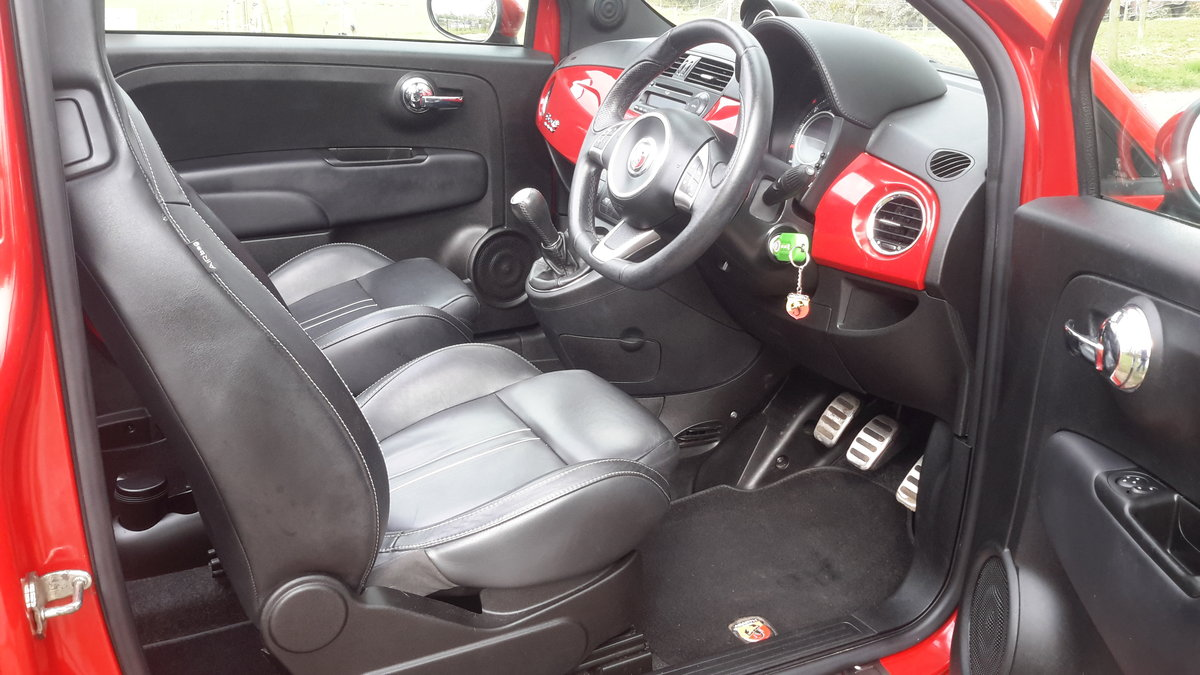 2012 ABARTH 500C CONVERTIBLE 1.4 140 bhp 48000 MILES For Sale (picture 4 of 6)