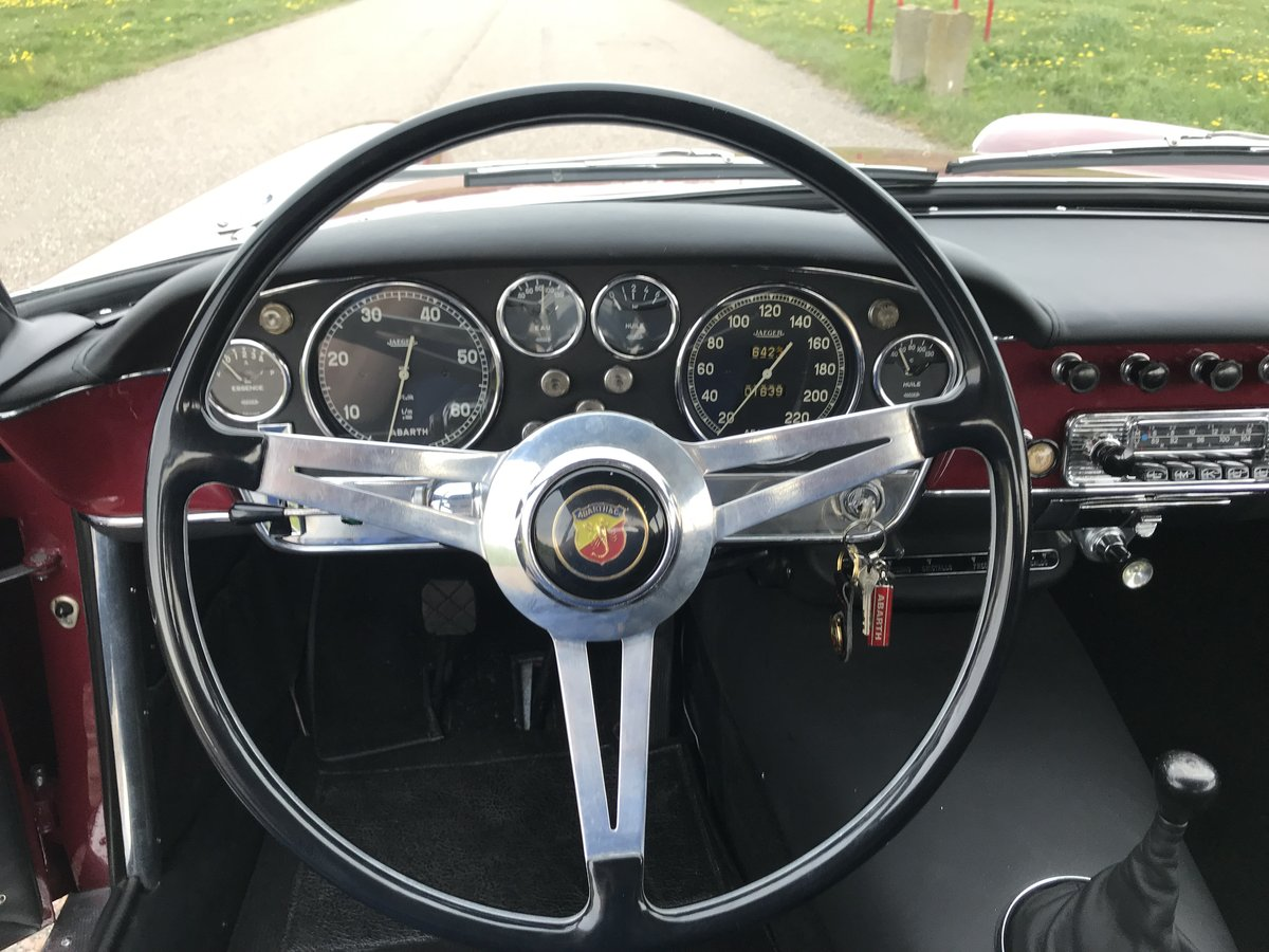 1959 Abarth 2200 Coupe by Allemano For Sale (picture 4 of 6)