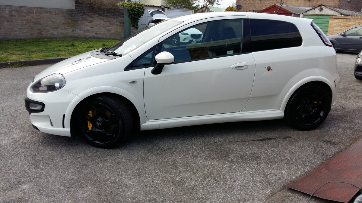 2014 Abarth Punto Evo Supersport 1.4-T-Jet 184BHP For Sale (picture 1 of 6)