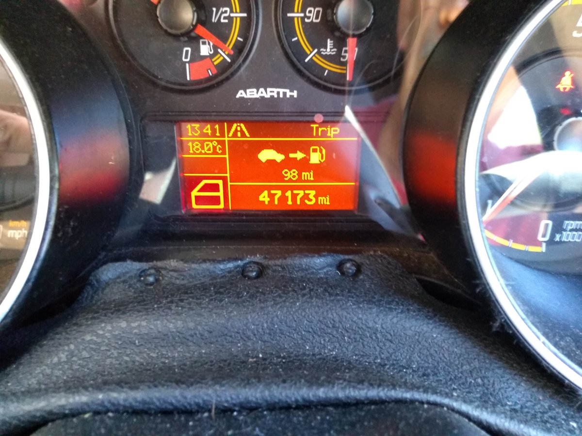 2011 ABARTH PUNTO EVO     LOW MILES     SABELT SEATS For Sale (picture 4 of 6)