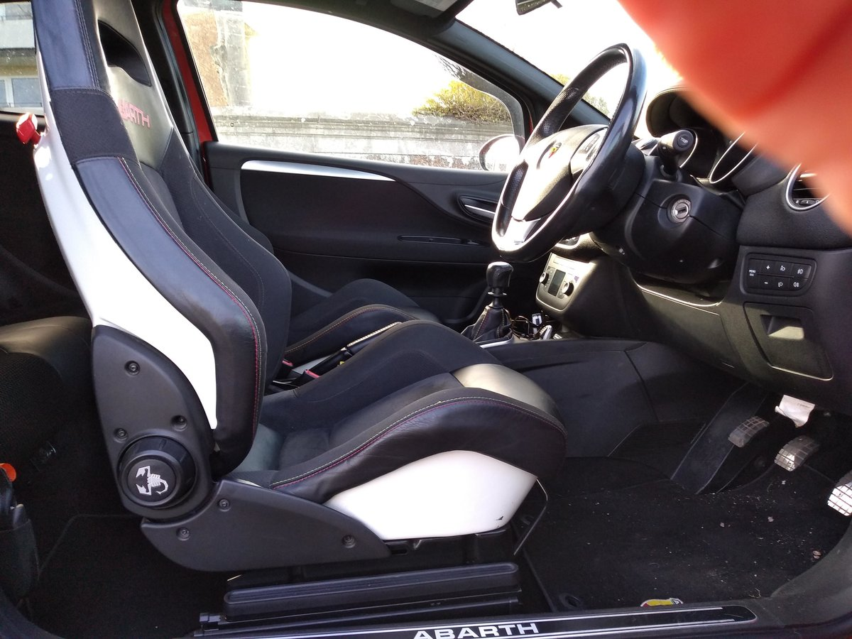 2011 ABARTH PUNTO EVO     LOW MILES     SABELT SEATS For Sale (picture 5 of 6)