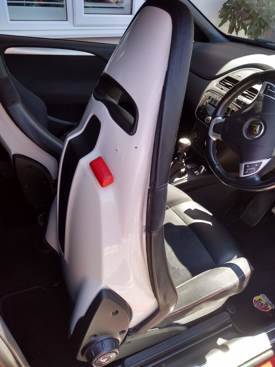 2011 ABARTH PUNTO EVO     LOW MILES     SABELT SEATS For Sale (picture 6 of 6)