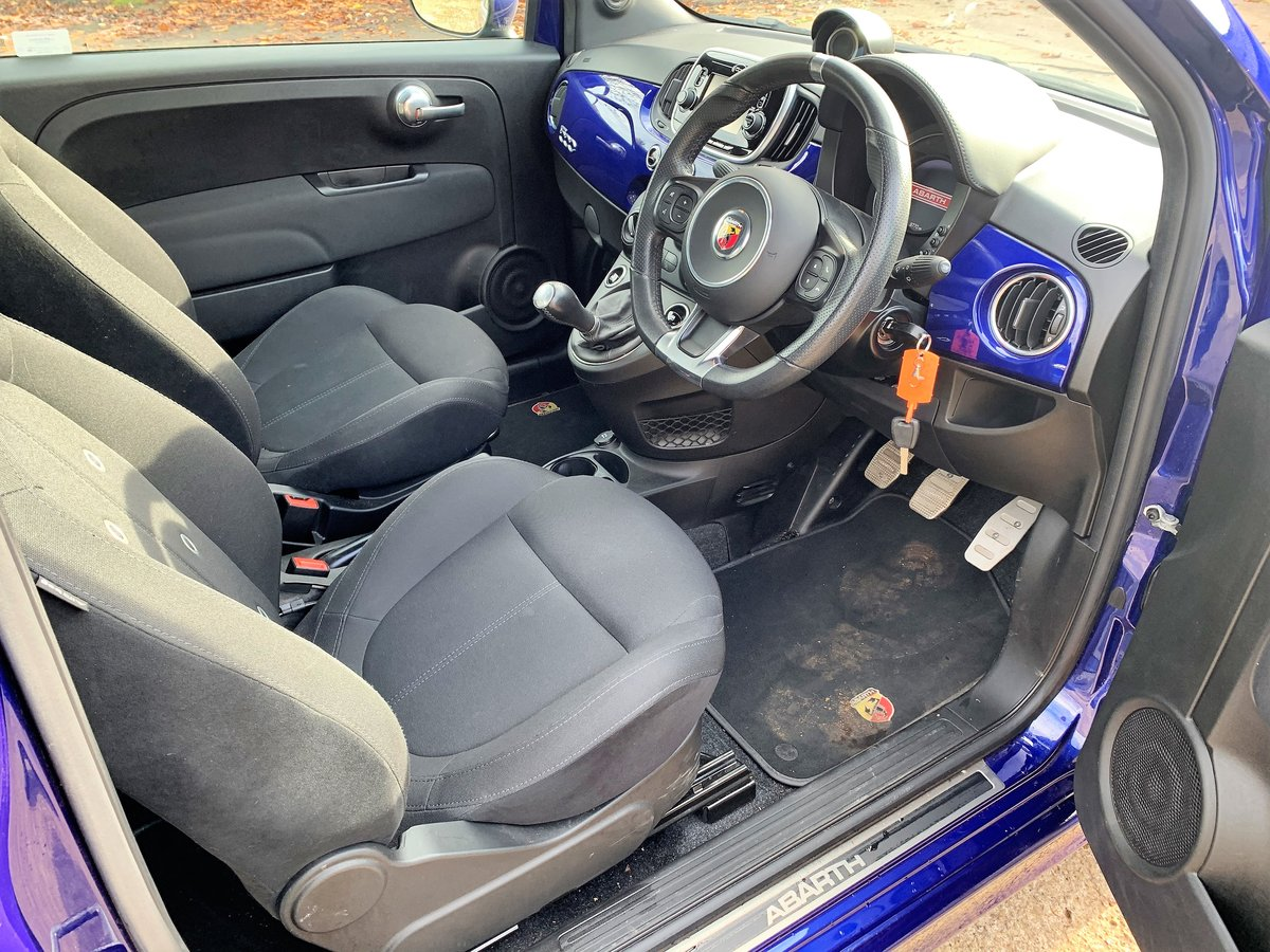 2018 Abarth 595 manual 9800m with FSH SOLD (picture 5 of 6)