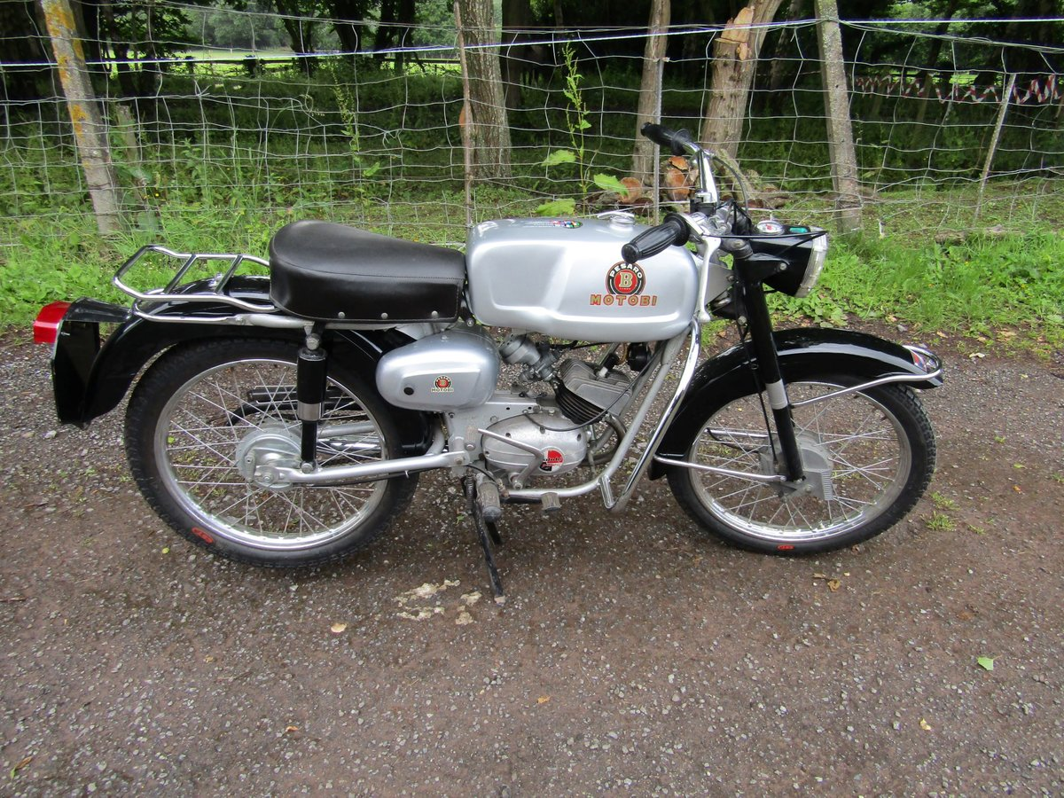 1967 Rare Italian Motobi 50cc moped/motorcycle For Sale (picture 2 of 6)