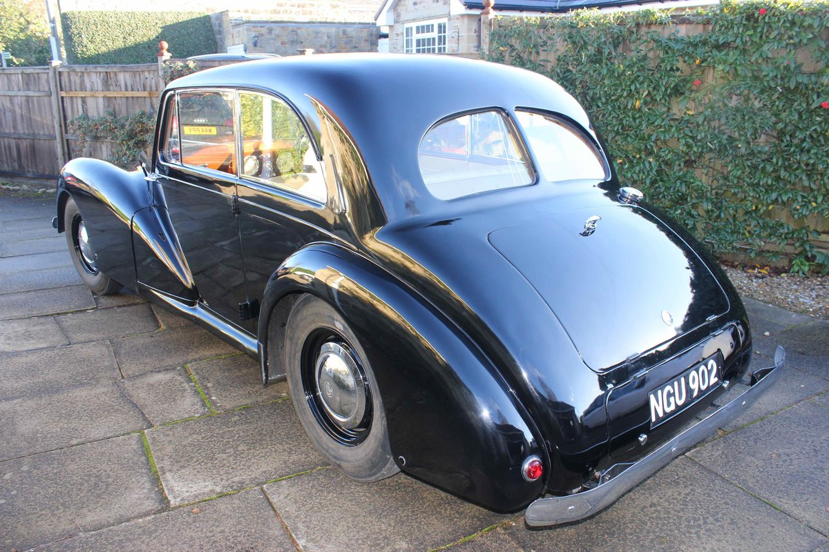 1952 AC Saloon - Excellent Condition - Last Owner 40 yrs For Sale (picture 2 of 6)
