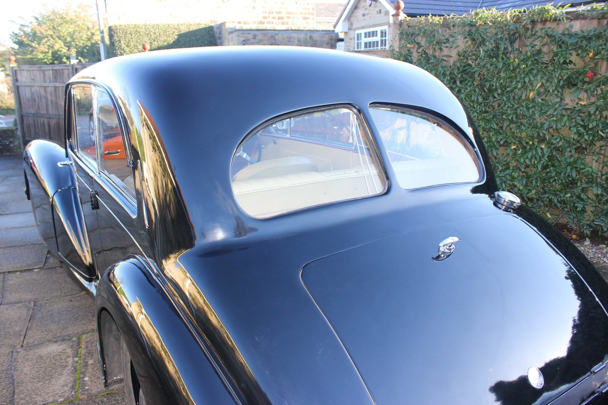 1952 AC Saloon - Excellent Condition - Last Owner 40 yrs For Sale (picture 3 of 6)