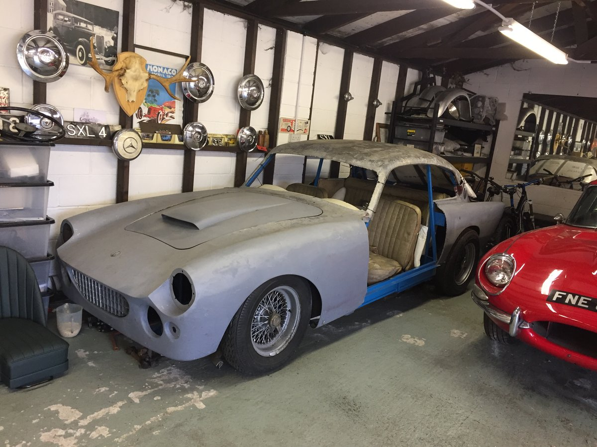 1961 AC Greyhound Fabulously Rare Project For Sale (picture 1 of 6)