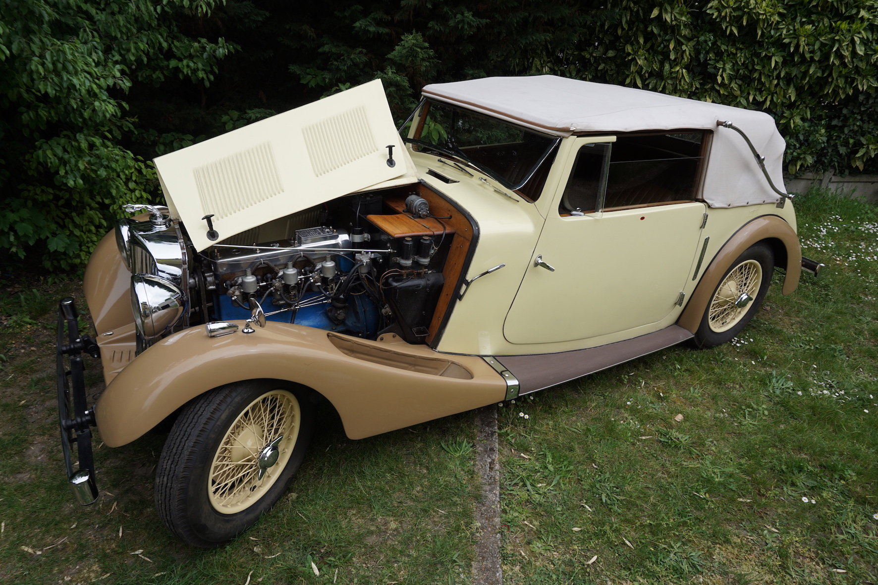 1938 Rare AC 16/70 drophead coupe For Sale (picture 2 of 6)