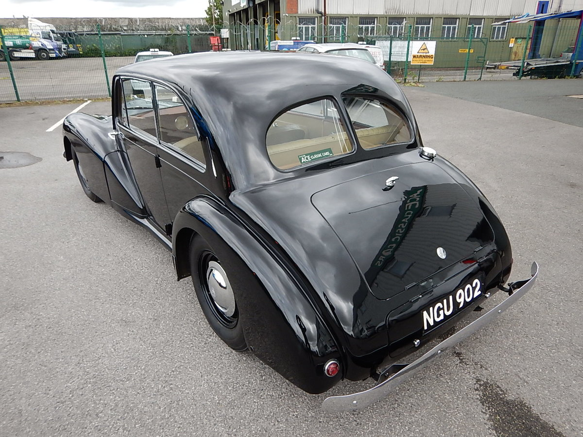1952 AC 2-Litre Two Door Saloon For Sale (picture 4 of 6)
