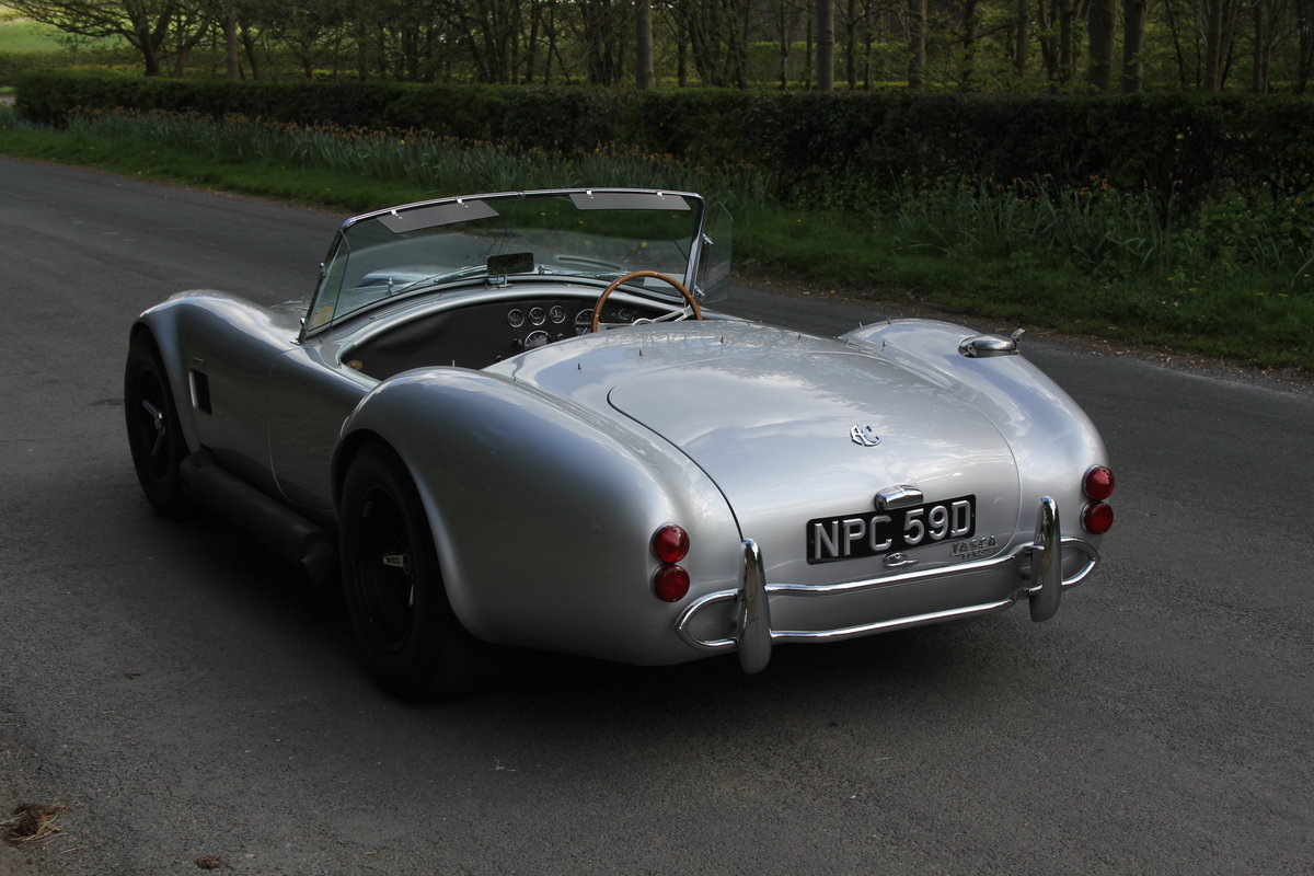 1966 AC Cobra Recreation - Authentic, Period, Ford 6.4cc SOLD (picture 4 of 19)