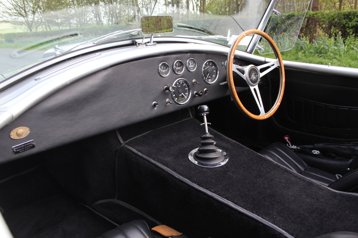 1966 AC Cobra Recreation - Authentic, Period, Ford 6.4cc SOLD (picture 11 of 19)