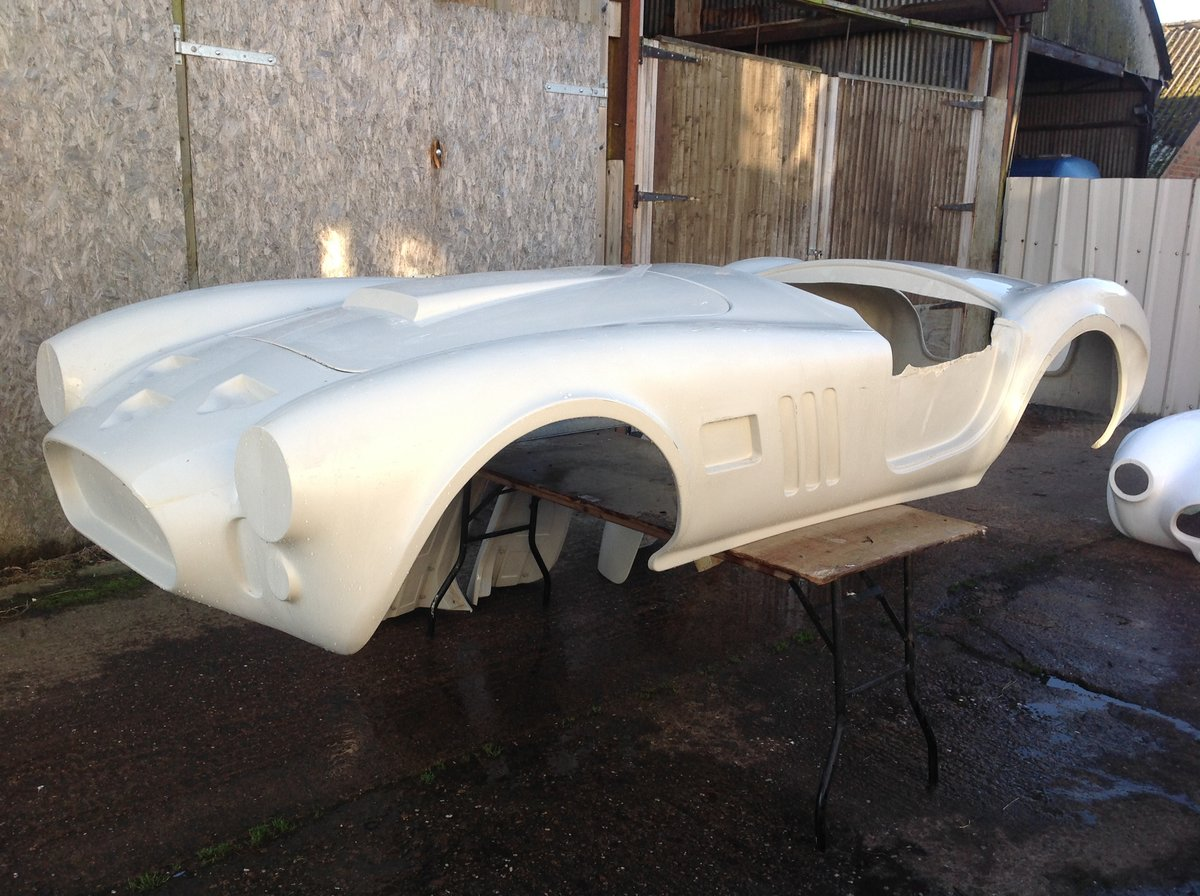2020 Cobra 289 Bodyshell For Sale (picture 2 of 5)