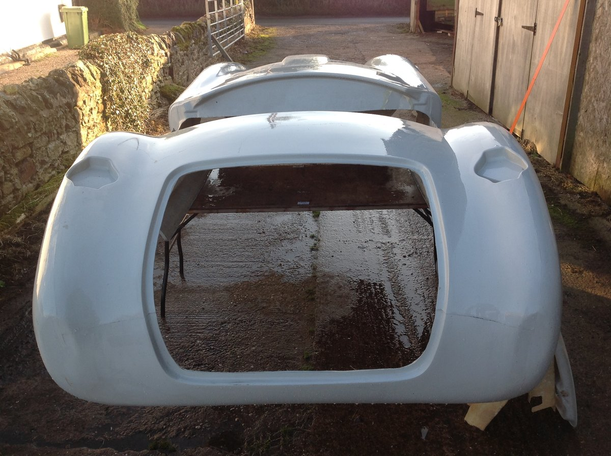 2020 Cobra 289 Bodyshell For Sale (picture 4 of 5)