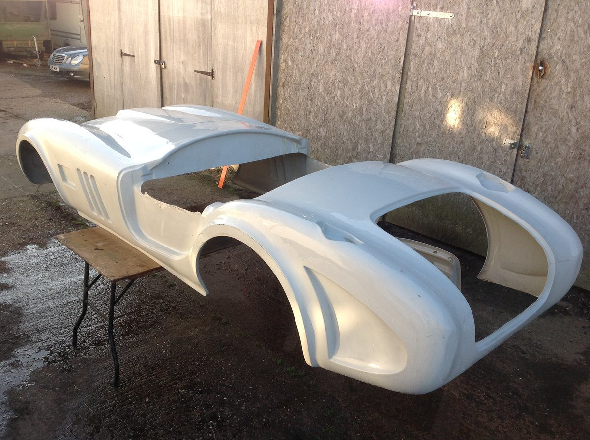 2020 Cobra 289 Bodyshell For Sale (picture 5 of 5)