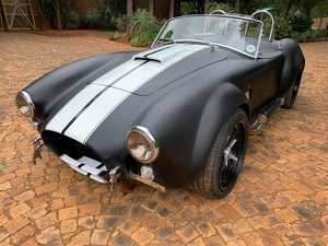 Cobra with 351 V8 Crate Motor less than 1000km's