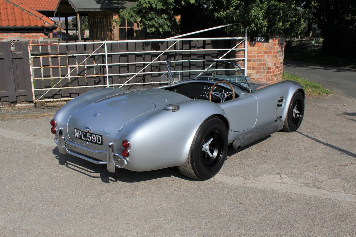 2009 AC Cobra Recreation built to 1966 spec-superb period detail For Sale (picture 6 of 17)