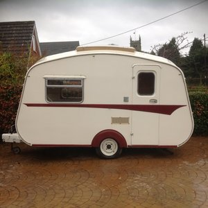 Castleton(?)Caravan, 95% sorted. MAKE ME A OFFER!