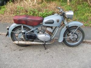 Adler MB250 for restoration. Complete & solid