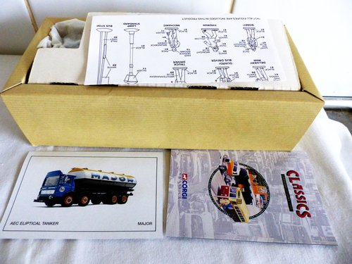 AEC ELIPTICAL TANKER-MAJOR-1:50 SCALE MODEL For Sale (picture 2 of 5)