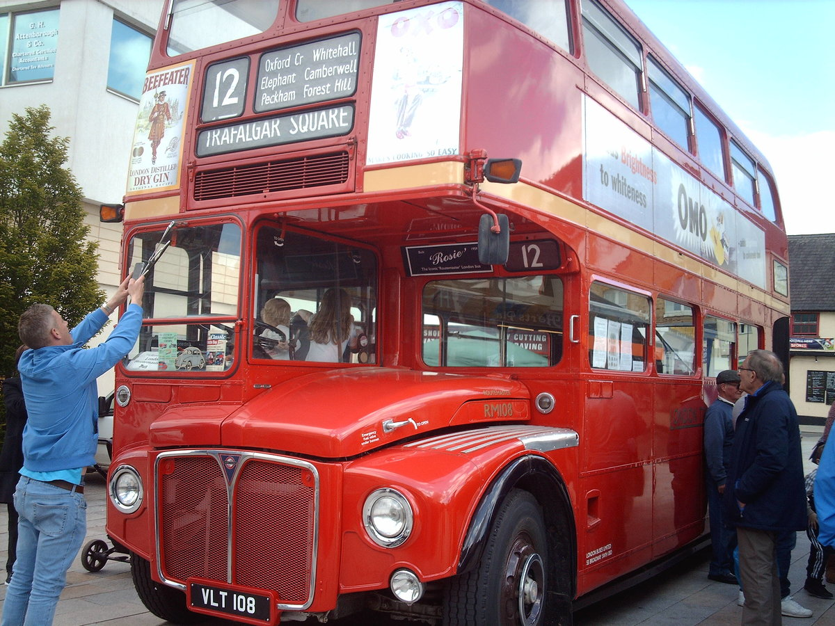 AEC Routemaster Come see my iconic London bus! For Sale (picture 1 of 6)