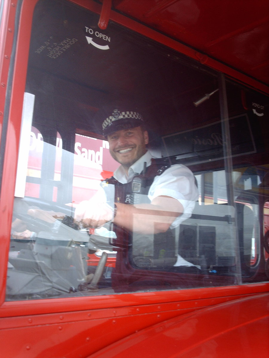 AEC Routemaster Come see my iconic London bus! For Sale (picture 4 of 6)