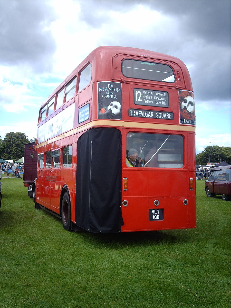 AEC Routemaster Come see my iconic London bus! For Sale (picture 6 of 6)