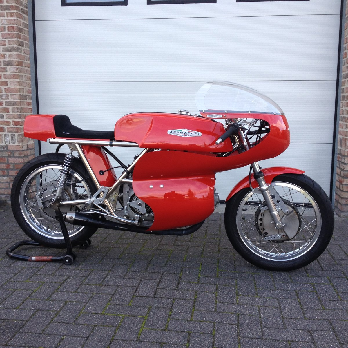 1970 Aermacchi race 380 For Sale (picture 1 of 6)