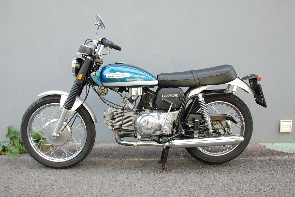 1972 Aermacchi-Harley Davidson 350 Sprint, mint condition. For Sale (picture 2 of 6)
