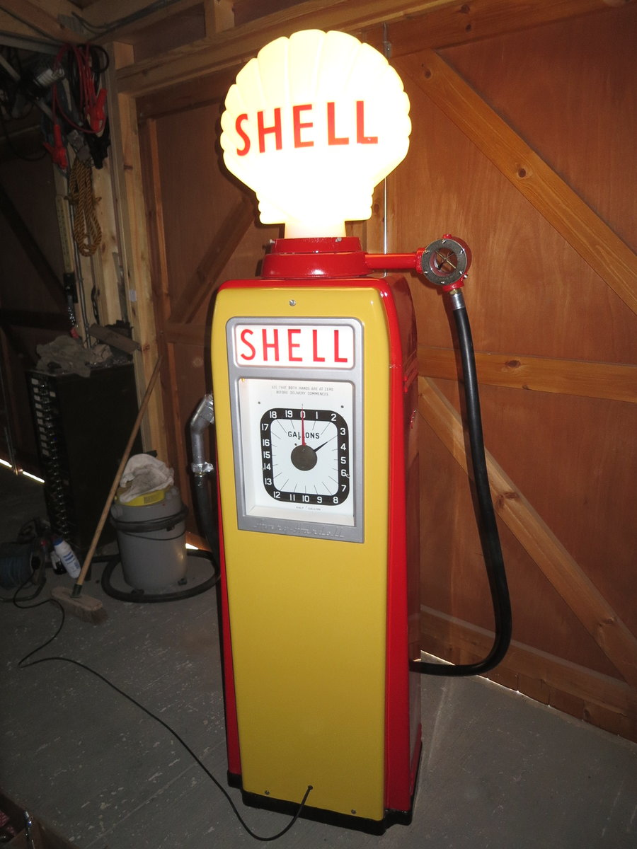 Avery Hardoll 1950's restored Shell petrol pump For Sale (picture 1 of 6)