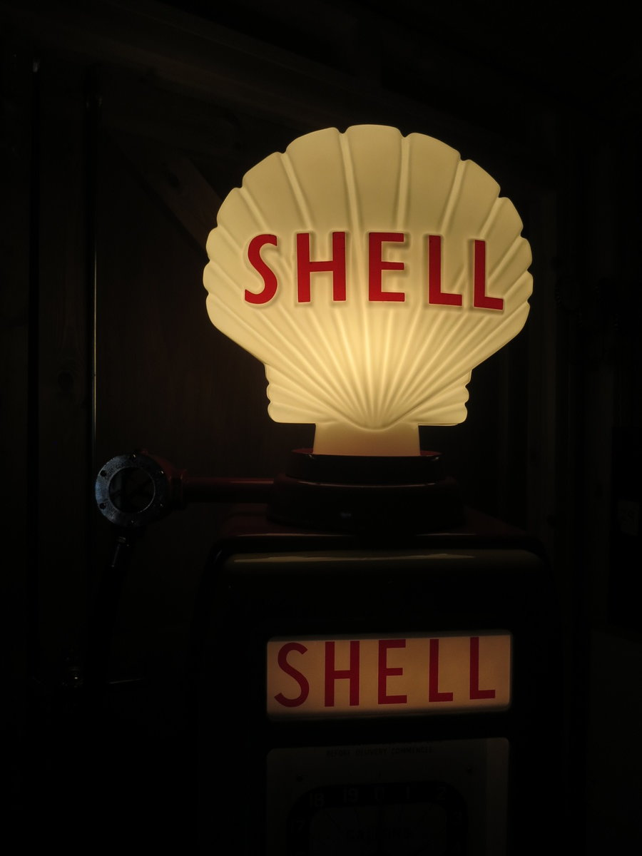Avery Hardoll 1950's restored Shell petrol pump For Sale (picture 6 of 6)