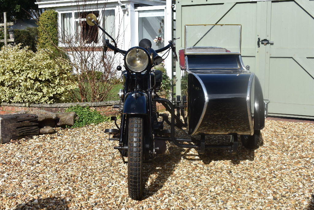 A 1927 AJV V Twin combination - 01/06/219 For Sale by Auction (picture 4 of 6)