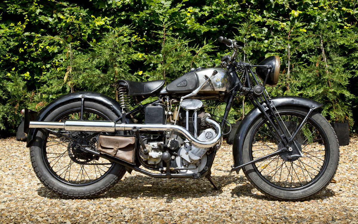 1935 AJS 250 Twinport with super patina Lovely original SOLD (picture 4 of 6)