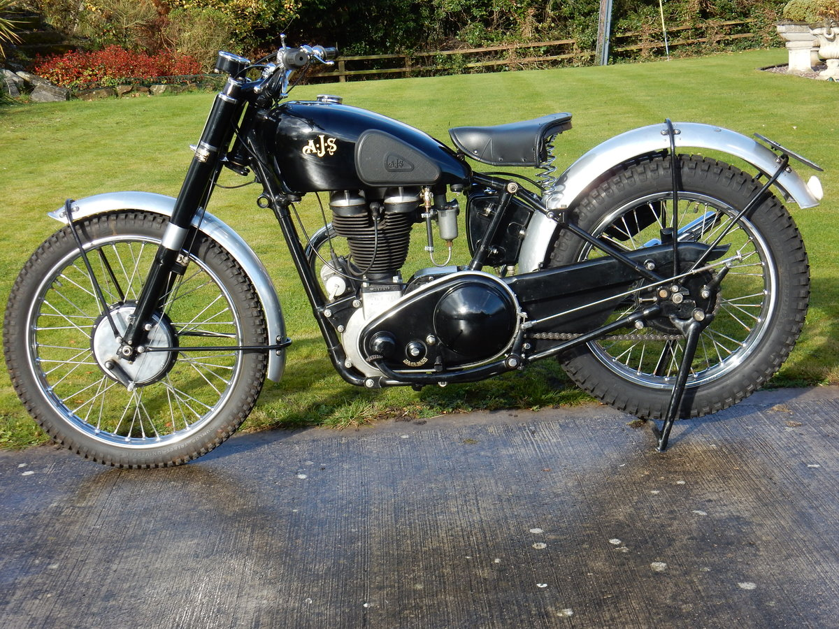 AJS 16M Competition 350cc  1949  Fabulous Condition For Sale (picture 2 of 11)
