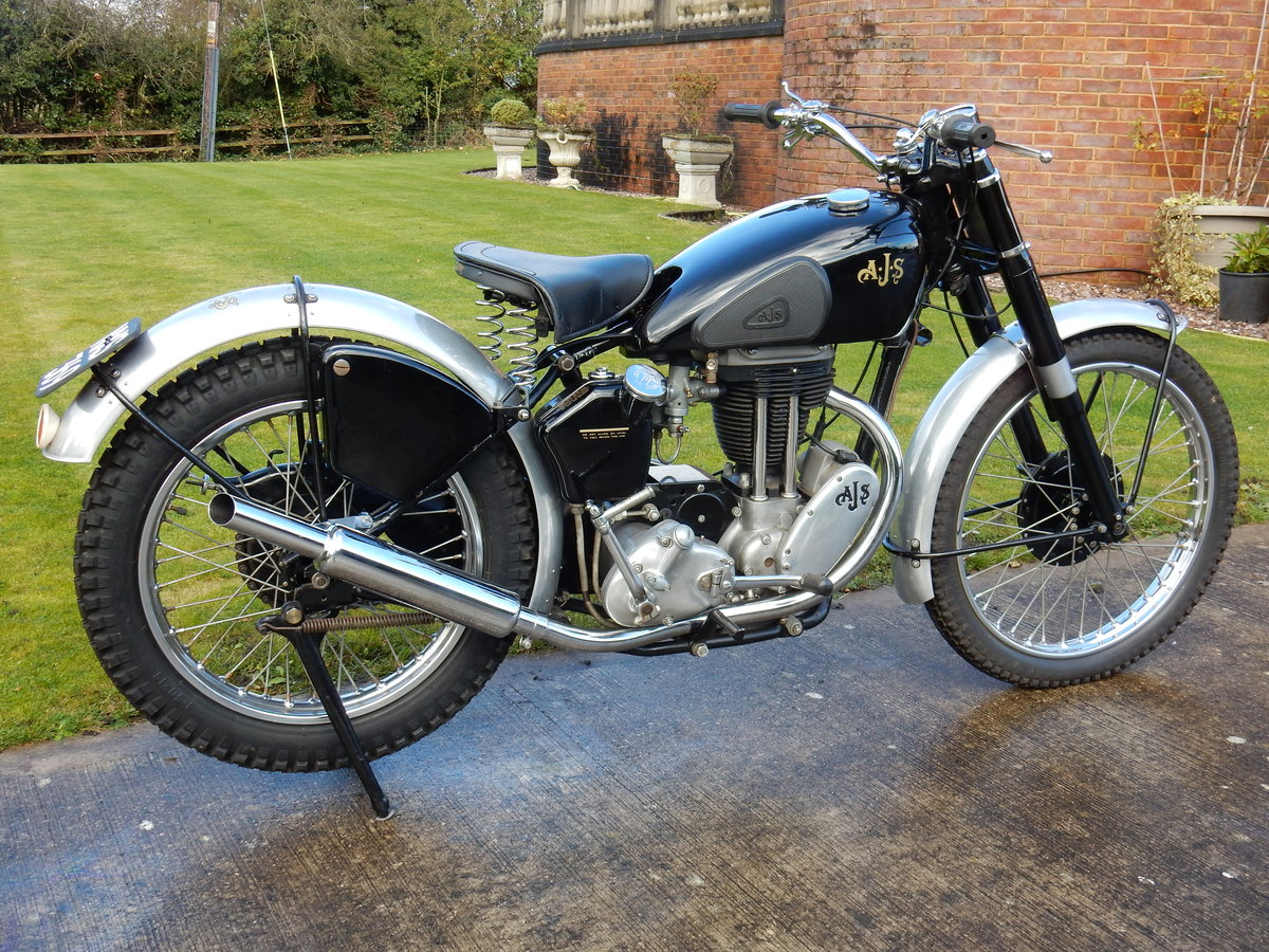 AJS 16M Competition 350cc  1949  Fabulous Condition For Sale (picture 9 of 11)