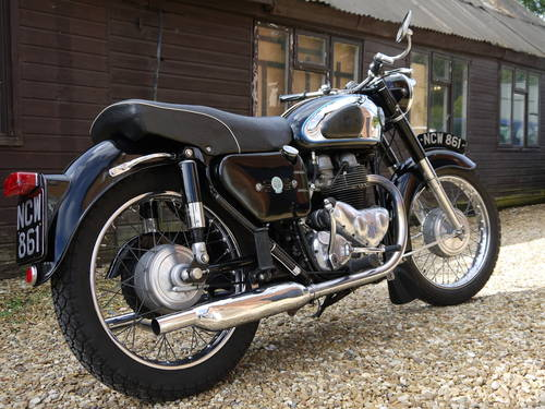 1962 AJS MODEL 31 - EXCELLENT RESTORED 650 TWIN !!  SOLD (picture 3 of 6)