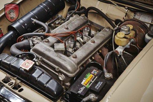 1973 Alfa Romeo Giulia Super 1300 tipo 115.09 For Sale (picture 6 of 6)