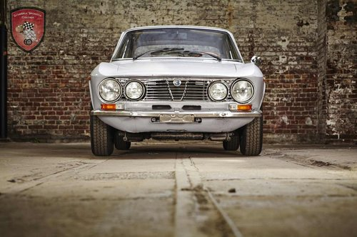 1975 Alfa Romeo GT 1300 Junior SOLD (picture 1 of 6)