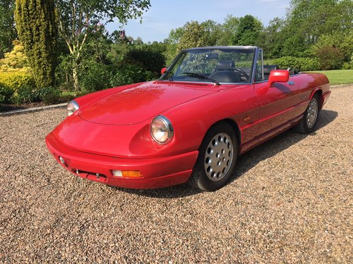 1993 Alfa Romeo Spider S4, LHD, MOTJune'20, Low Miles For Sale (picture 1 of 6)