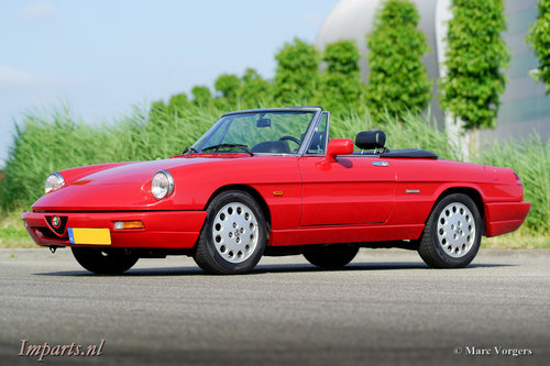 1992 Excellent Alfa Romeo Spider 2.0 LHD For Sale (picture 1 of 6)