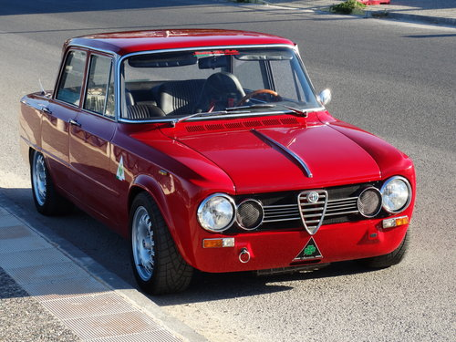 1972 Alfa Romeo Giulia Super, road and track car For Sale (picture 1 of 6)