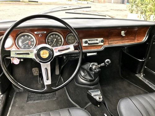 1967 ALFA ROMEO GIULIA SPRINT GT VELOCE 1600 For Sale (picture 4 of 6)
