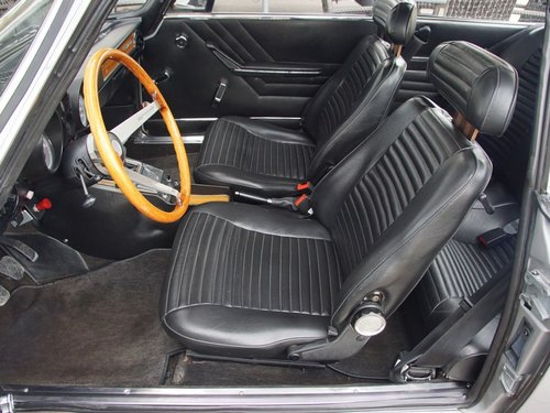 ALFA ROMEO2000 GTV BERTONE FULLY RESTORED CONDITION (1973) For Sale (picture 3 of 6)
