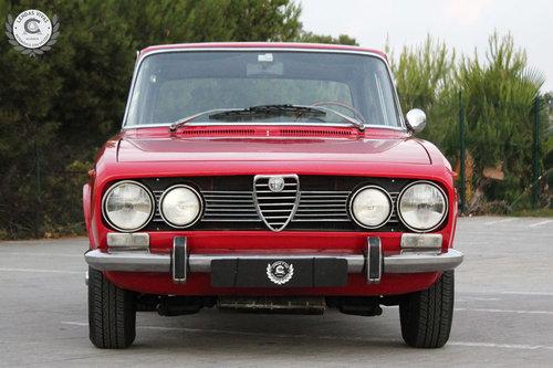 1971 Alfa Romeo Berlina 1750 SOLD (picture 2 of 6)