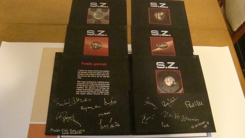 Alfa Romeo SZ brochure with authentic autographs. For Sale (picture 2 of 6)