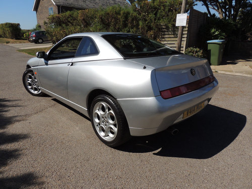 1999 Alfa-Romeo GTV 2.0 TSpark 40k from new 2 owner FSH For Sale (picture 3 of 6)