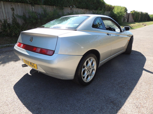 1999 Alfa-Romeo GTV 2.0 TSpark 40k from new 2 owner FSH For Sale (picture 4 of 6)