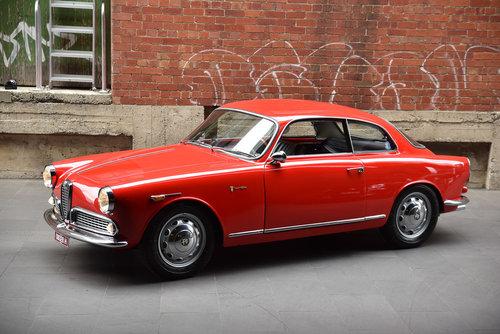 1959 Alfa Romeo Giulietta Sprint (LH Drive) SOLD (picture 3 of 6)