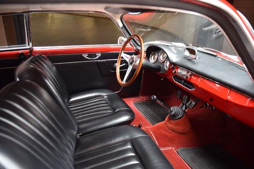 1959 Alfa Romeo Giulietta Sprint (LH Drive) SOLD (picture 5 of 6)