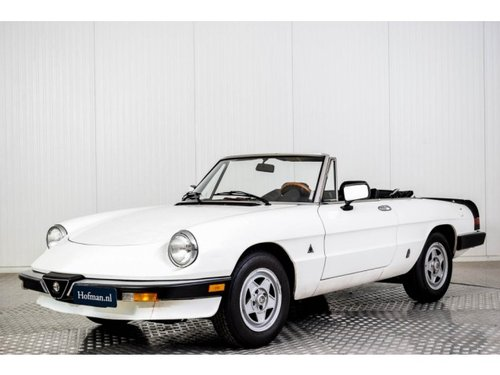 1985 Alfa Romeo Spider Graduate Injection For Sale (picture 1 of 6)