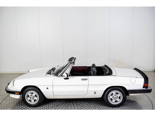 1985 Alfa Romeo Spider Graduate Injection For Sale (picture 5 of 6)